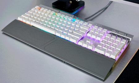 Corsair K70RGB-